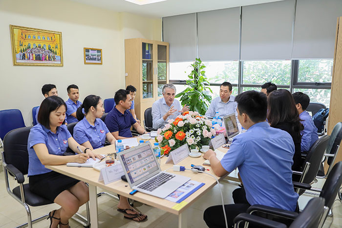 Thao-Luan-Chuyen-gia-Parker-An-Huy
