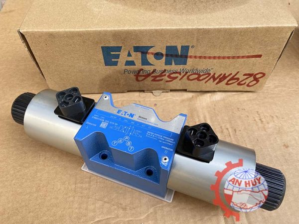 BƠM EATON MODEL 4535V6035 86AA22R/ ASSY 02-137485-1